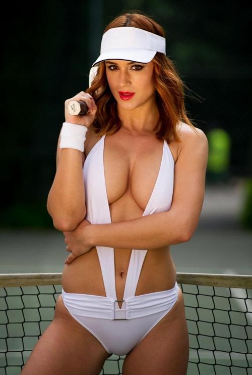 Đây chắc chắn là bộ đồ chơi tennis táo bạo nhất bạn từng thấy! - 1