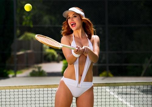 Đây chắc chắn là bộ đồ chơi tennis táo bạo nhất bạn từng thấy! - 2