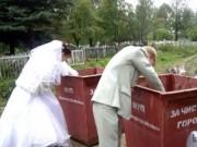 Tranh vui - Loạt ảnh cưới khiến người xem... cười ngả nghiêng