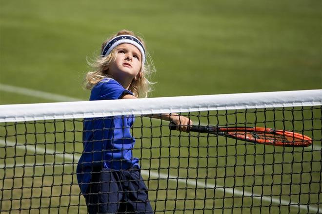 """Tin nóng Wimbledon ngày 6: """"Sư phụ"""" Djokovic cảnh báo Big 4 - 1"""