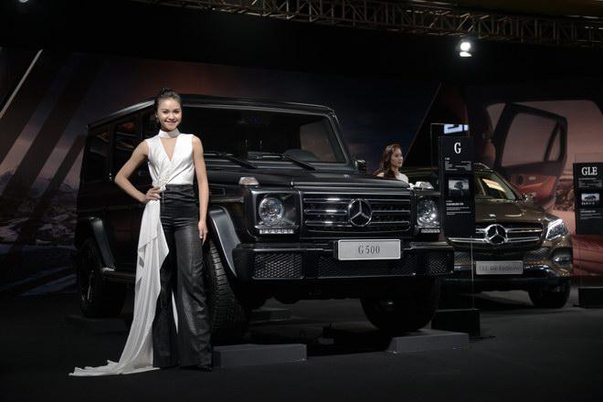 Ngắm dàn mỹ nữ tại triển lãm Mercedes-Benz Fascination 2017 - 1