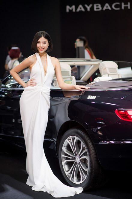 Ngắm dàn mỹ nữ tại triển lãm Mercedes-Benz Fascination 2017 - 4