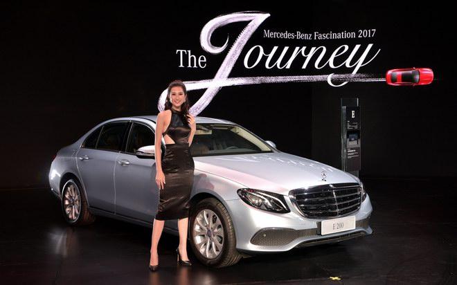 Ngắm dàn mỹ nữ tại triển lãm Mercedes-Benz Fascination 2017 - 8