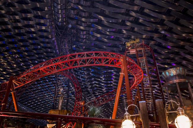 Dubai chi cả tỷ đô xây dựng công viên giải trí trong nhà lớn nhất thế giới - 2
