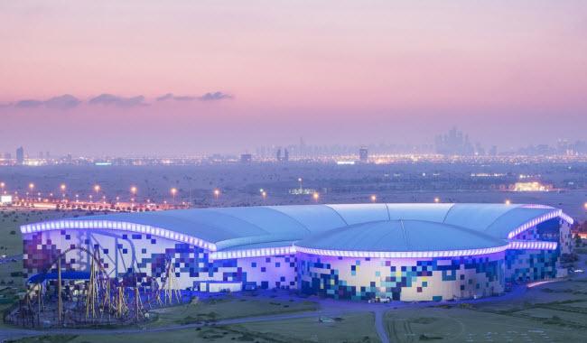 Dubai chi cả tỷ đô xây dựng công viên giải trí trong nhà lớn nhất thế giới - 1