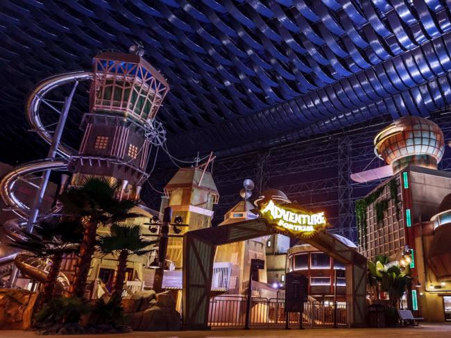 Dubai chi cả tỷ đô xây dựng công viên giải trí trong nhà lớn nhất thế giới - 4