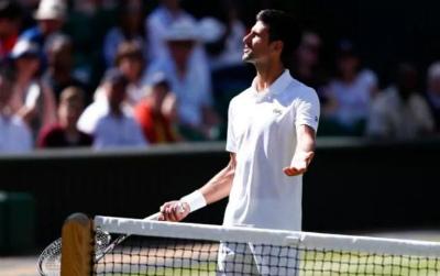 """Chi tiết Djokovic - Gulbis: Đi tiếp sau màn """"đấu súng""""  (Vòng 3 Wimbledon) (KT) - 3"""