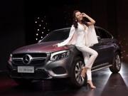 Tin tức ô tô - Ngắm dàn mỹ nữ tại triển lãm Mercedes-Benz Fascination 2017
