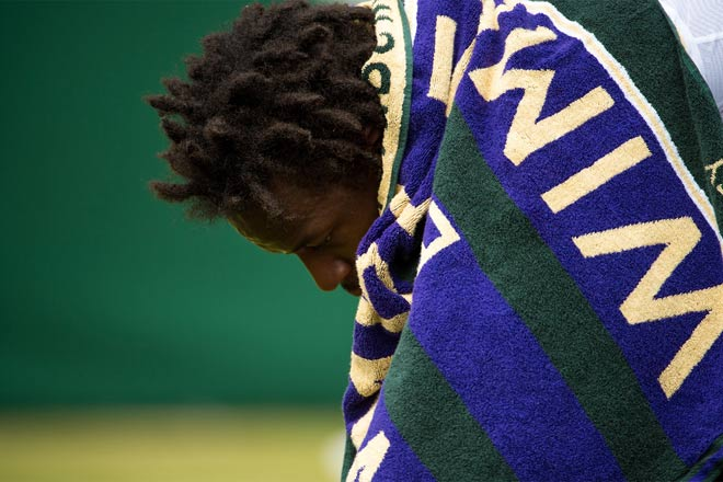 Tin nóng Wimbledon ngày 7: Federer lại nịnh vợ Mirka - 3