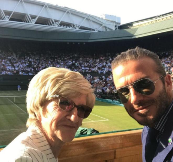 Tin nóng Wimbledon ngày 7: Federer lại nịnh vợ Mirka - 2