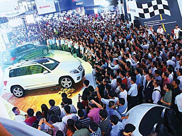 Tháng 6/2017, người Việt mua gần 1.000 ô tô mỗi ngày - 1