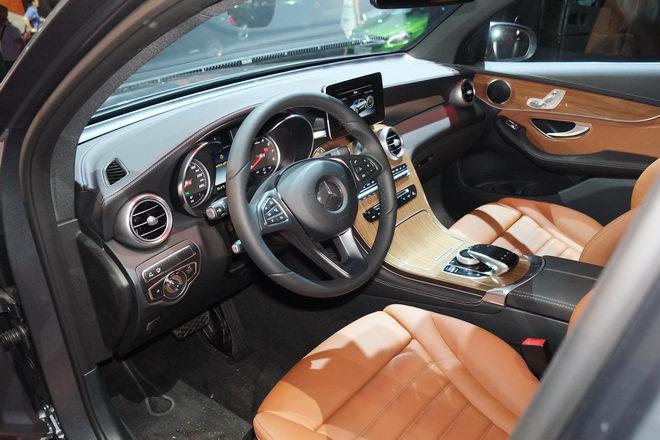 Mercedes GLC 300 Coupe giá 2,89 tỷ đồng tại Việt Nam - 5