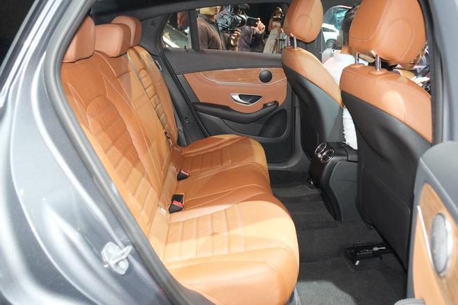 Mercedes GLC 300 Coupe giá 2,89 tỷ đồng tại Việt Nam - 6