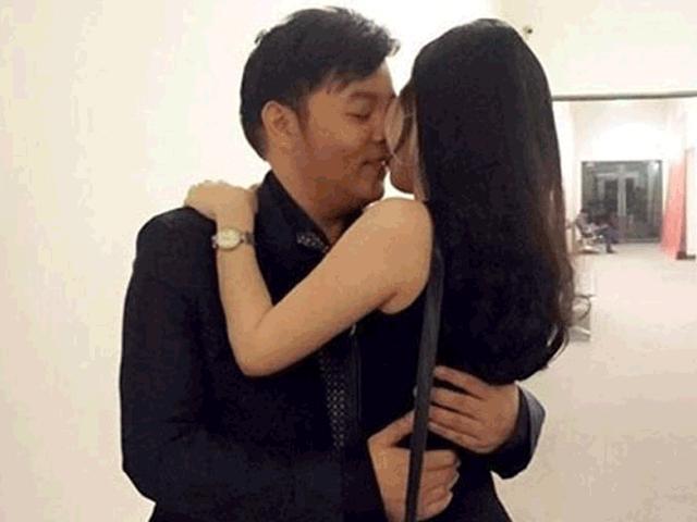 Lộ ảnh nhạy cảm, Quang Lê