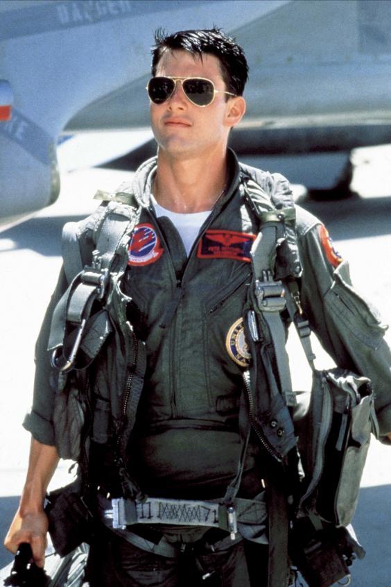 """Brad Pitt và Tom Cruise: Ai vào vai quân nhân """"chuẩn"""" nhất? - 2"""