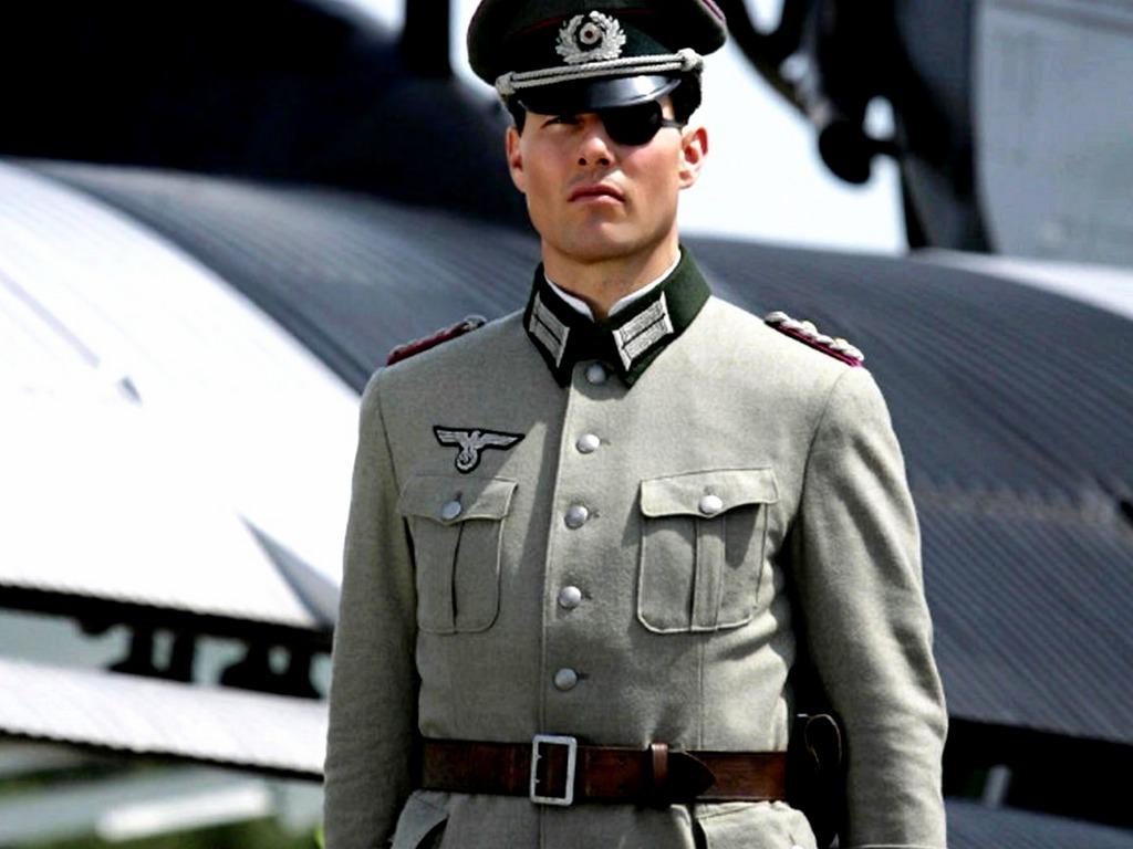 """Brad Pitt và Tom Cruise: Ai vào vai quân nhân """"chuẩn"""" nhất? - 3"""