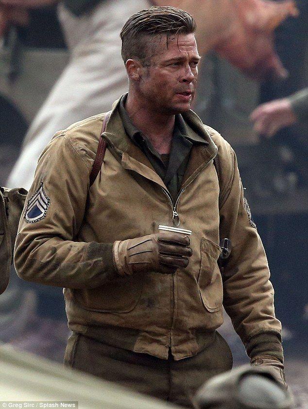 """Brad Pitt và Tom Cruise: Ai vào vai quân nhân """"chuẩn"""" nhất? - 9"""