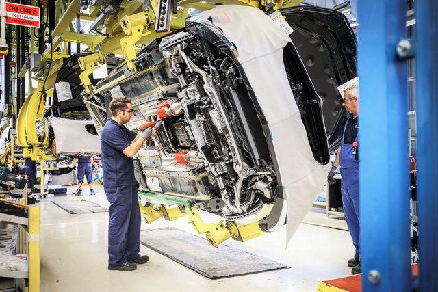 Thời điểm tốt nhất để sở hữu xe Mercedes-Benz từ Vietnam Star - 3