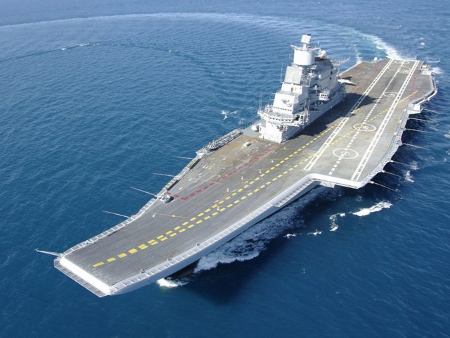 """Báo Mỹ:  Siêu tàu sân bay Nga chỉ là """"giấc mơ viển vông"""" - 1"""