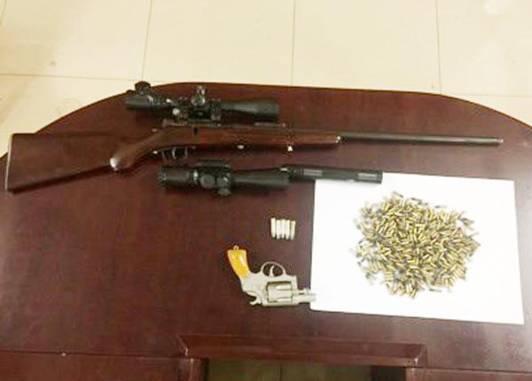 """Em trai Hải """"Bánh"""" bị bắt cùng lô súng đạn - 2"""