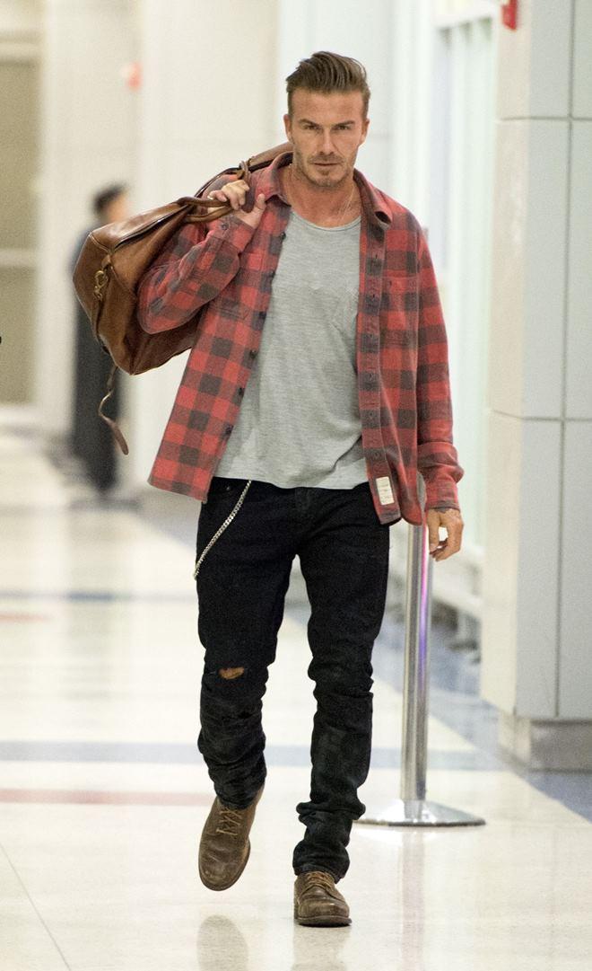 Beckham cứ sành điệu như này trách sao các chân dài mãi mê mệt - 14
