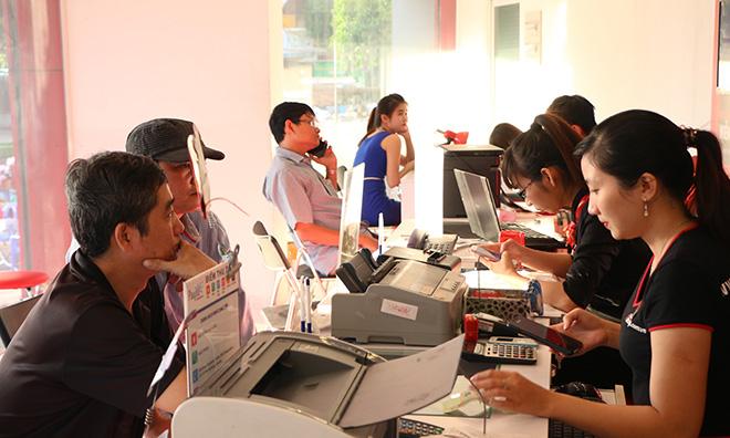 Trúng xe Honda Vision mỗi tuần khi đóng tiền điện, nước, internet, trả góp tại FPT Shop - 1