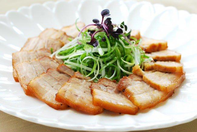 Thịt ba chỉ mà nấu kiểu này đảm bảo nồi cơm nhà bạn hết veo trong nháy mắt - 1