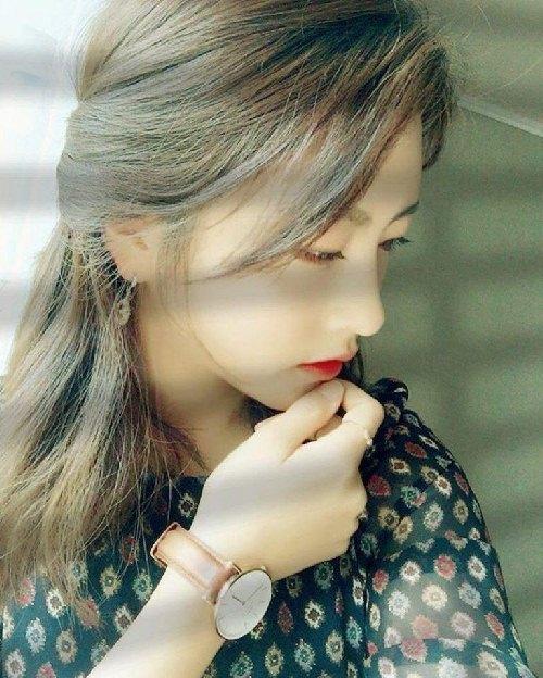 """Cô nàng """"đẹp hơn ngôi sao"""" trở thành đại diện của quân đội Hàn - 1"""