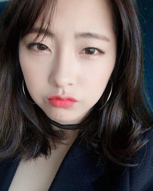"""Cô nàng """"đẹp hơn ngôi sao"""" trở thành đại diện của quân đội Hàn - 7"""