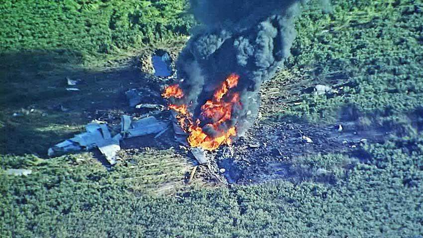Máy bay quân sự Mỹ nổ tung trên không, 16 người thiệt mạng - 1