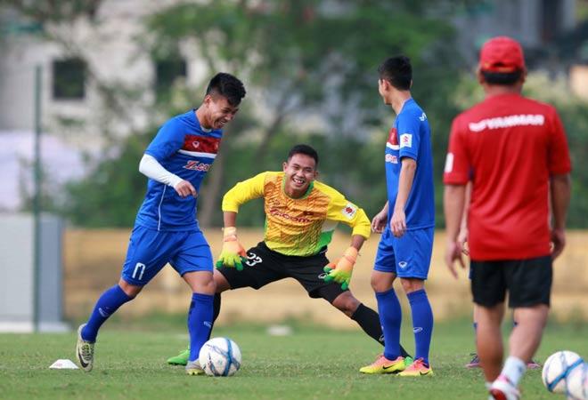 Bất ngờ: HLV Hữu Thắng muốn gọi cầu thủ nhập tịch, không ngán Thái Lan - 2