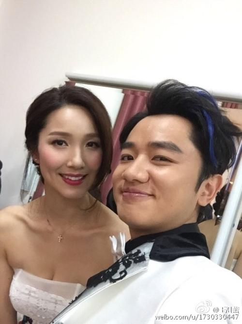 Cô vợ Hoa hậu nóng bỏng của tài tử vừa lùn vừa xấu trai nhất Hong Kong - 10