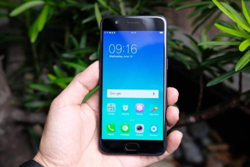 Điểm mặt 4 smartphone tầm giá 5 triệu đồng mới lên kệ - 2