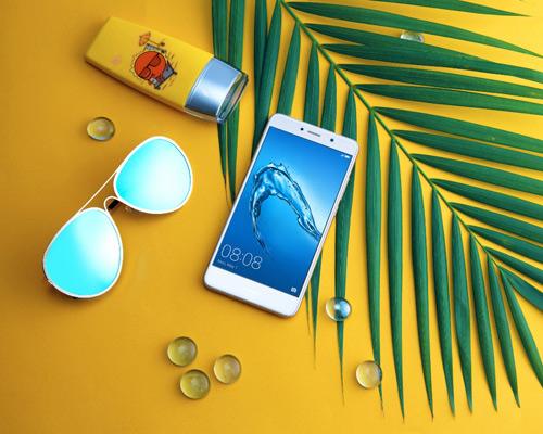 Điểm mặt 4 smartphone tầm giá 5 triệu đồng mới lên kệ - 1