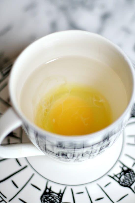 Những mẹo vừa nhanh, vừa tiện biến bạn thành chuyên gia nấu trứng - 1