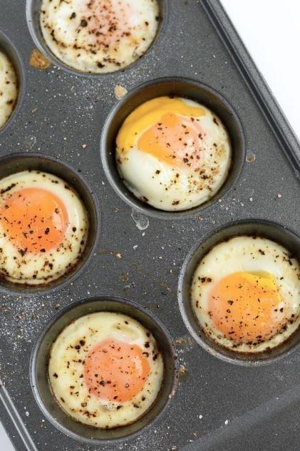 Những mẹo vừa nhanh, vừa tiện biến bạn thành chuyên gia nấu trứng - 12