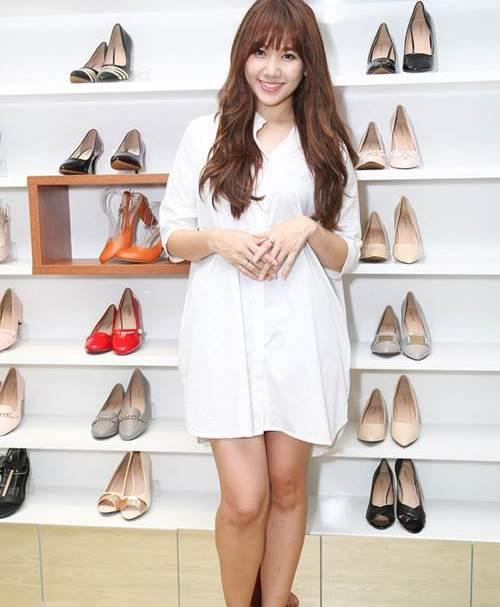 Hari Won: Từ cô gái ngấn mỡ đến mỹ nhân mình hạc xương mai - 15
