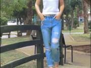 Gần 5 triệu người thích cách tự làm mới quần jean này!