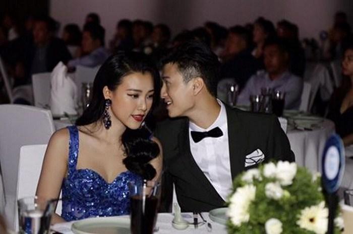 """Huỳnh Anh hẹn hò ở rạp phim: Danh tính """"cô gái lạ"""" gây bất ngờ - 6"""