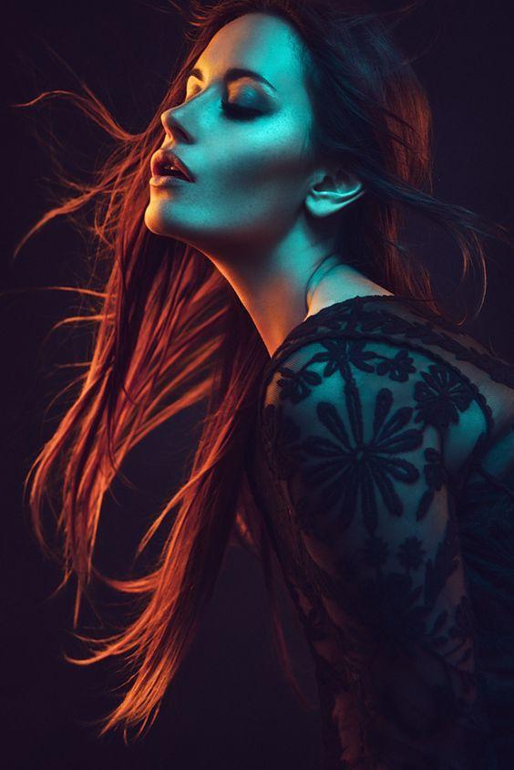 Nữ hoàng bóng đêm của Lady Gaga khiến phụ nữ muôn phần gợi cảm - 7