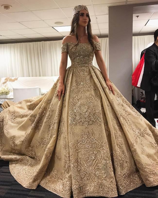 Váy cưới 227 tỷ đẹp như giấc mơ của con gái tỷ phú dầu khí Nga - 1