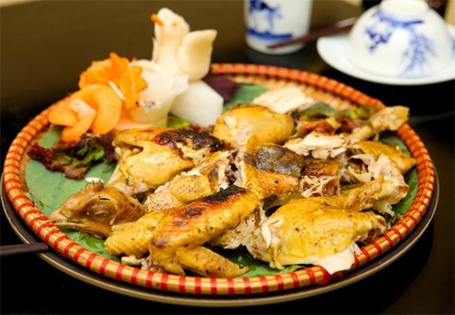 Gà bọc đất sét - món ăn của gã ăn mày lên bàn tiệc Hoàng cung - 3