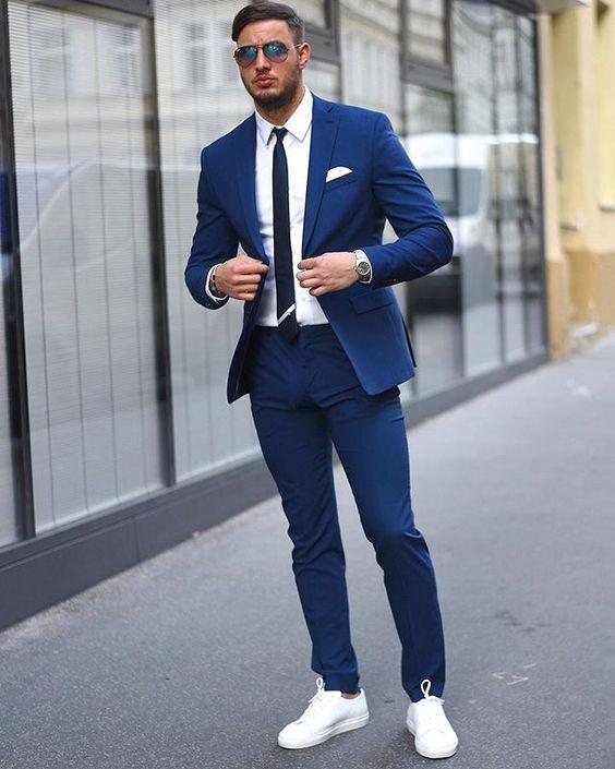Quý ông sành điệu phải mặc veston với giày thể thao! - 1