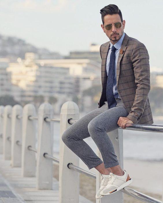 Quý ông sành điệu phải mặc veston với giày thể thao! - 3