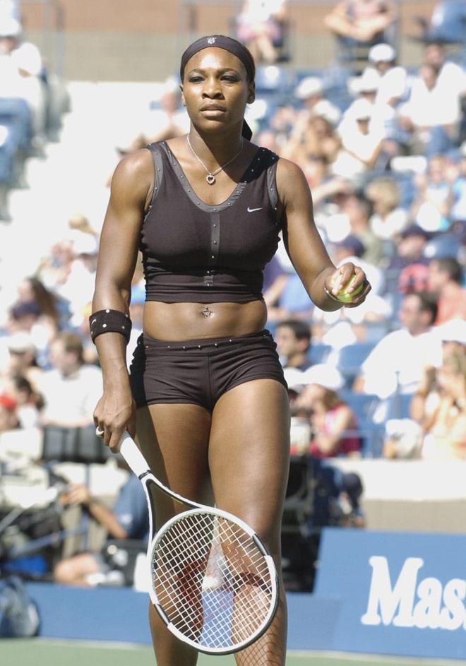 Tròn mắt ngắm váy tennis ngắn cũn cỡn như váy ngủ, nội y - 6