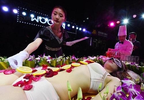Mẫu nude tiệc sushi kể về nỗi tủi hổ, chua chát nhất cuộc đời - 4