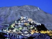 """Du lịch - """"Kho báu"""" của nước Ý hóa thành ngôi làng """"ma"""""""