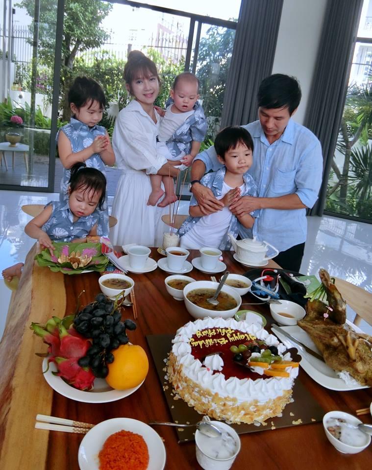 Sao Việt 14/7: Chồng Tăng Thanh Hà khoe vợ trẻ xinh dù đã hai con - 4