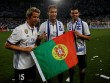 """""""Người khó xử"""" Ronaldo: Vây cánh ở Real tan vỡ, MU vẫn chờ"""