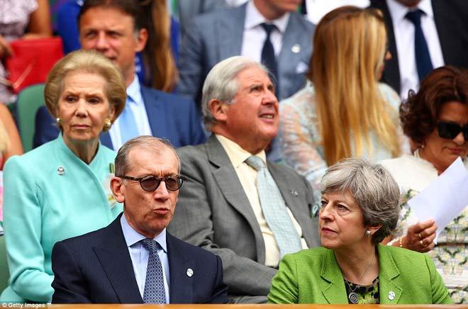 Wimbledon: Hoàng gia Anh và dàn VIP khủng xem Federer - Cilic - 5